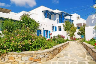 3-brothers-hotel-naxos